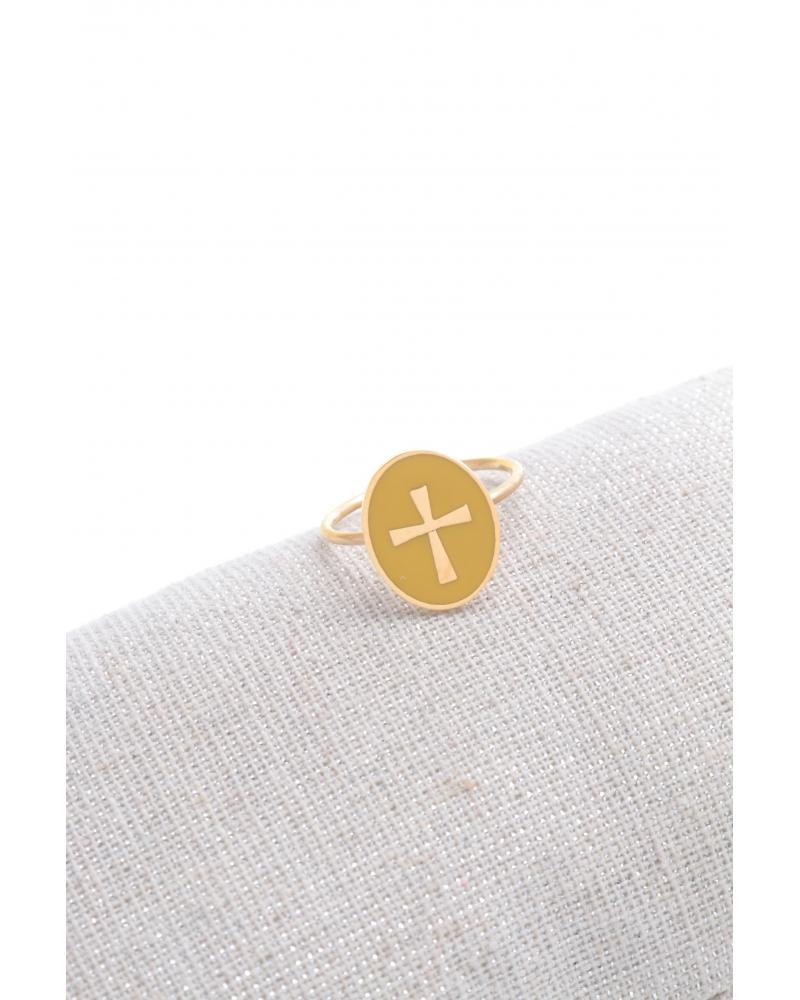 bague-ovale-croix-doré-blanc
