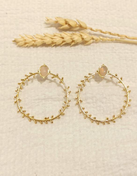 boucle-d-oreille-cercle-de-branche-avec-onyx-doré