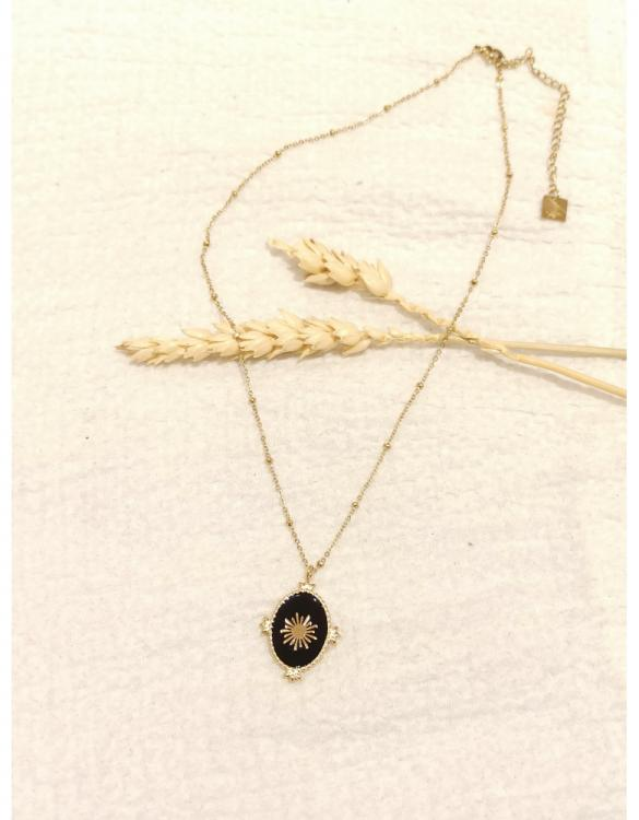 collier-ovale-soleil-noire-doré-